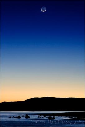 Waning Crescent, Mono Lake