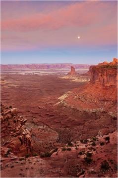 Moonset, Candlestick Butte, Canyonlands National Park