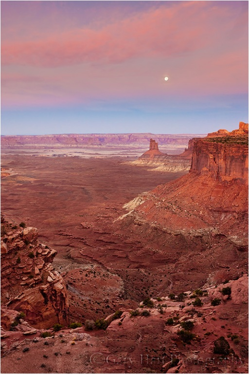 Moonset, Candlestick Butte, Canyonlands National Park