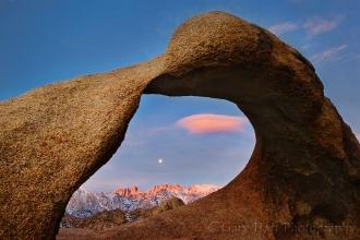 Gary Hart Photography: Whitney Arch Moonset, Alabama Hills, California