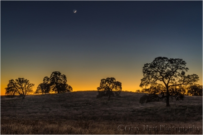 Gary Hart Photography, New Moon, Sierra Foothills, California