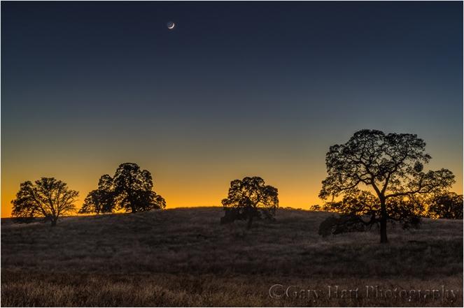 Gary Hart Photography, New Moon, Sierra Foothills, California