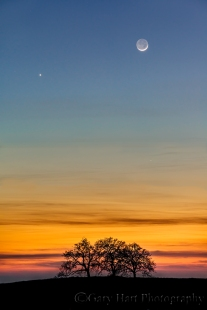 Gary Hart Photography: The Moon and Venus, Sierra Foothills, California