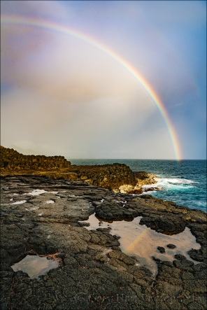 Gary Hart Photography: Rainbow on the Rocks, Queen's Bath, Kauai, Hawaii