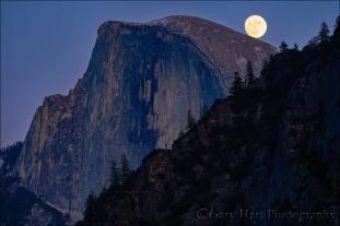Gary Hart Photography: Balanced Moon, Half Dome, Yosemite