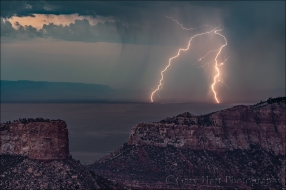 Gary Hart Photography: Two Strikes, Point Imperial, Grand Canyon