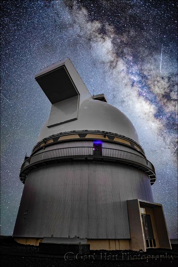 Gary Hart Photography: Looking Up, Milky Way and Mauna Kea Gemini Observatory, Hawaii