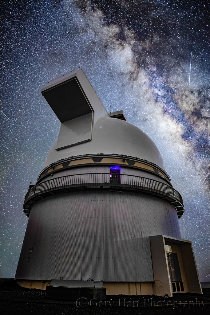Gary Hart Photography: Look to the Sky, Milky Way and Mauna Kea Gemini Observatory, Hawaii