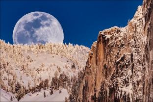 Gary Hart Photography: Winter Moonrise, Full Moon and Half Dome, Yosemite