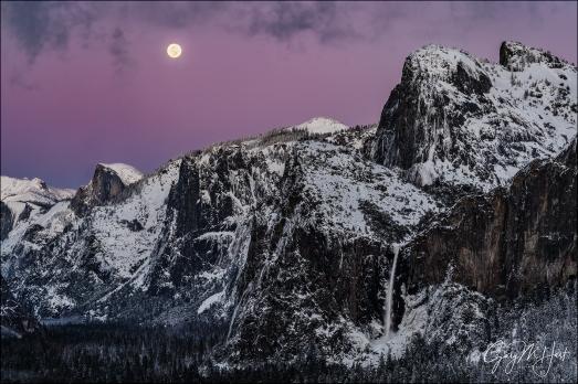 Gary Hart Photography: Nightfall, Full Moon and Yosemite Valley, Yosemite