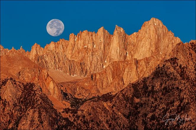 Gary Hart Photography: Farewell Moon, Mt. Whitney, California