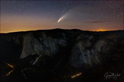 Gary Hart Photography: Comet NEWOSIE and Traffic, El Capitan from Taft Point, Yosemite