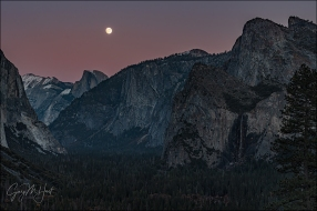 Gary Hart Photography: Twilight Moonrise, Half Dome and Bridalveil Fall, Yosemite