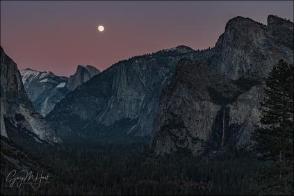 Gary Hart Photography: Twilight Moonrise, Half Dome and Bridalveil Fall, Yosemite