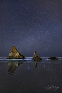 Gary Hart Photography: Sea Stacks by Starlight, Bandon, Oregon